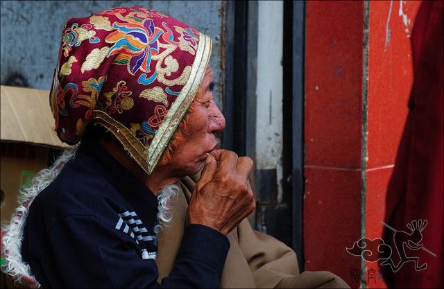 西藏时代性特征