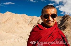 tibetan-robes-06