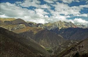 Sichuan-Tibet-Highway-01